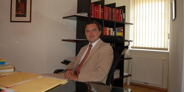 Mag. Dr. Marc Gollowitsch